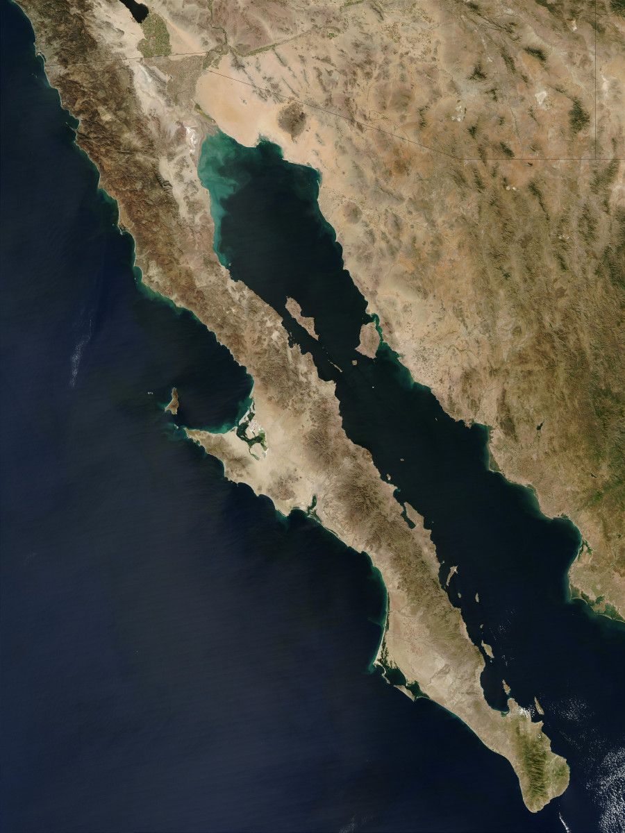 The Baja Peninsula is about the same length as Italy.