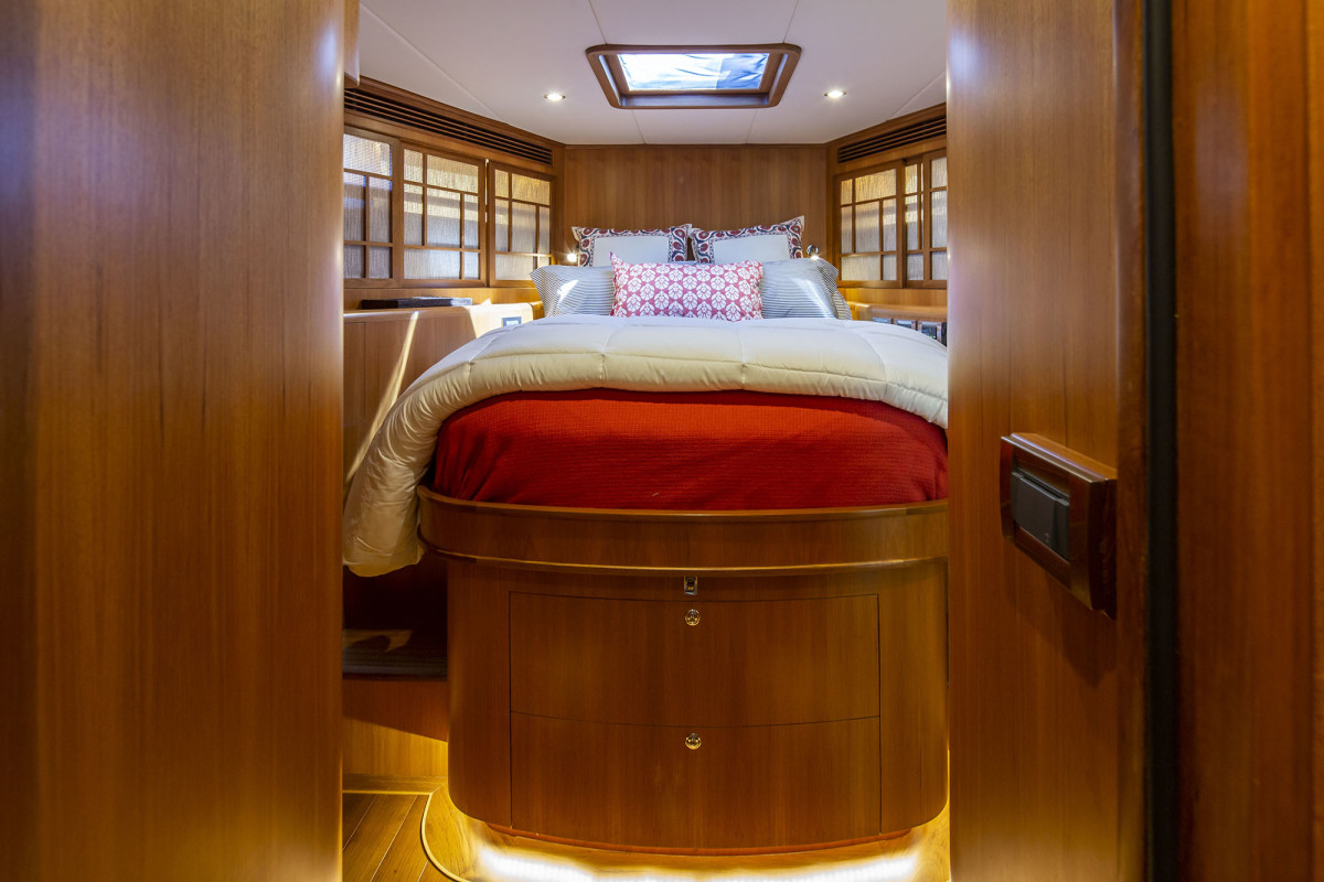 The VIP stateroom forward has a customized linen-changing system.