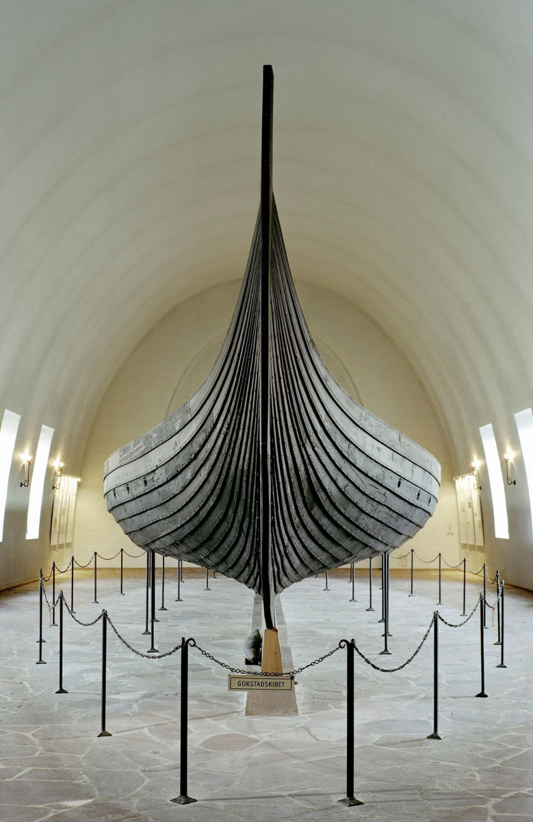 Improving on primitive lapstrake construction methods, the Vikings built exceptionally seagoing shallow-hulled vessels. These boats could weather the open ocean yet also maneuver stealthily in coastal waters and rivers just a few feet deep.