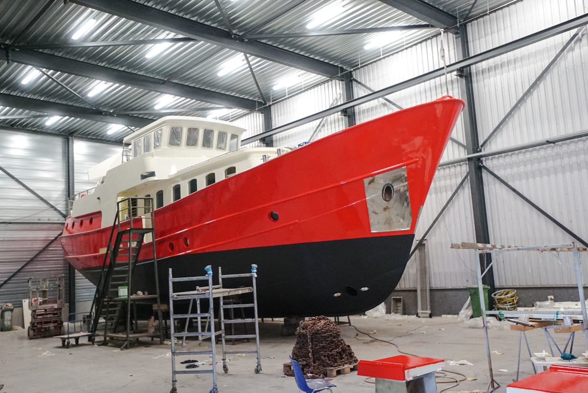 San Gottardo's hull and superstructure have thick insulation to keep out the cold.