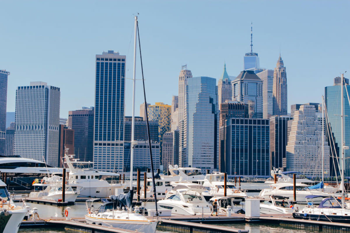 "ONE°15 Brooklyn Marina, a 100-slip marina in the heart of Brooklyn Bridge Park, had a ""soft opening"" this year."