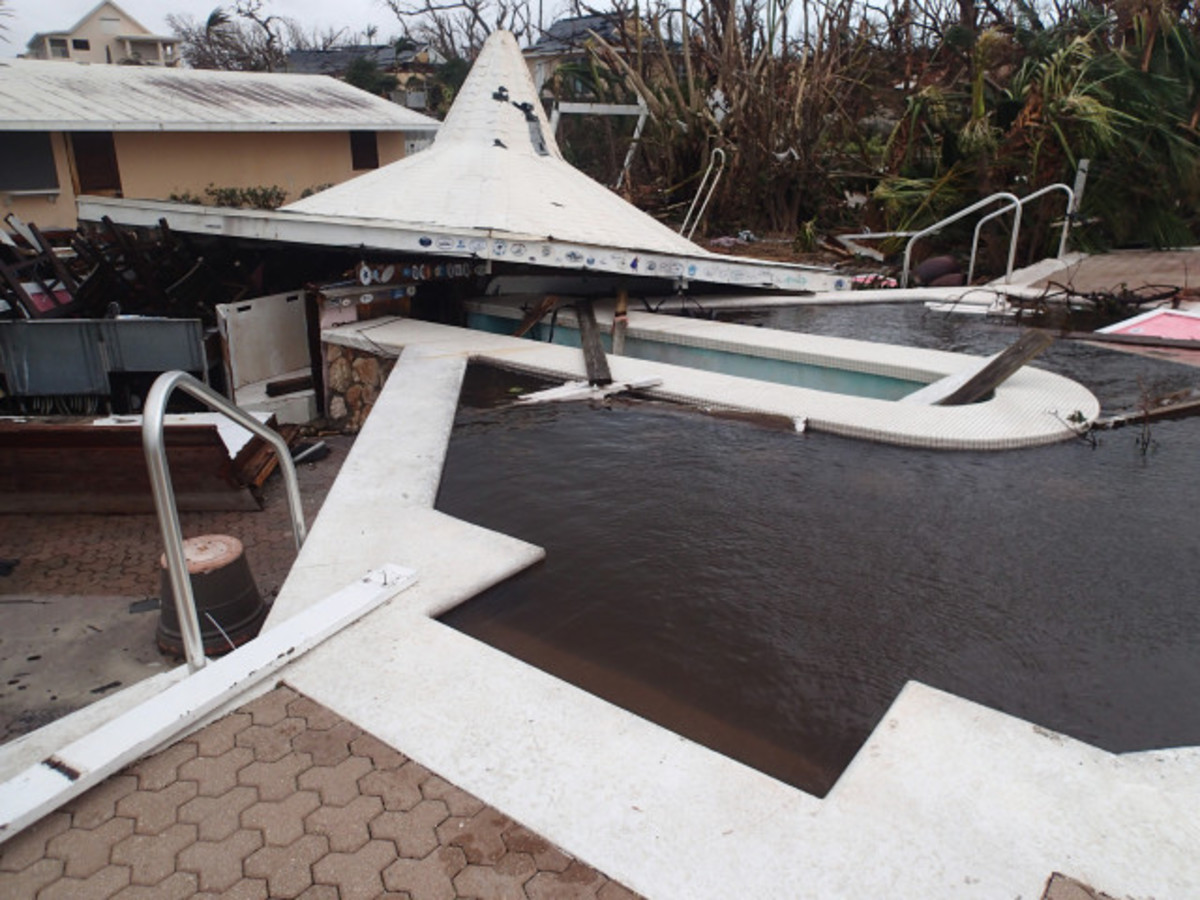 The poolside bar was demolished.