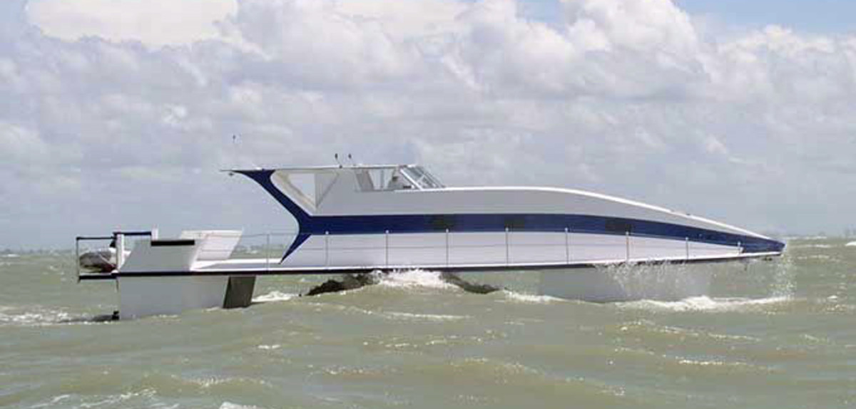 The Stability 60 is ballasted down so her slim hull rides underwater and behaves like a SWATH.