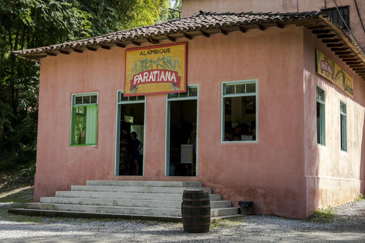 While in Parity, charter guests should visit the Paratiana distillery.