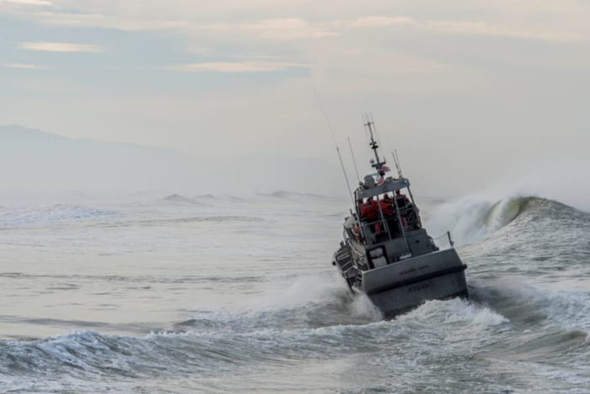 Despite the shutdown and the lack of pay, USCG members still perform their duty, no matter the danger.