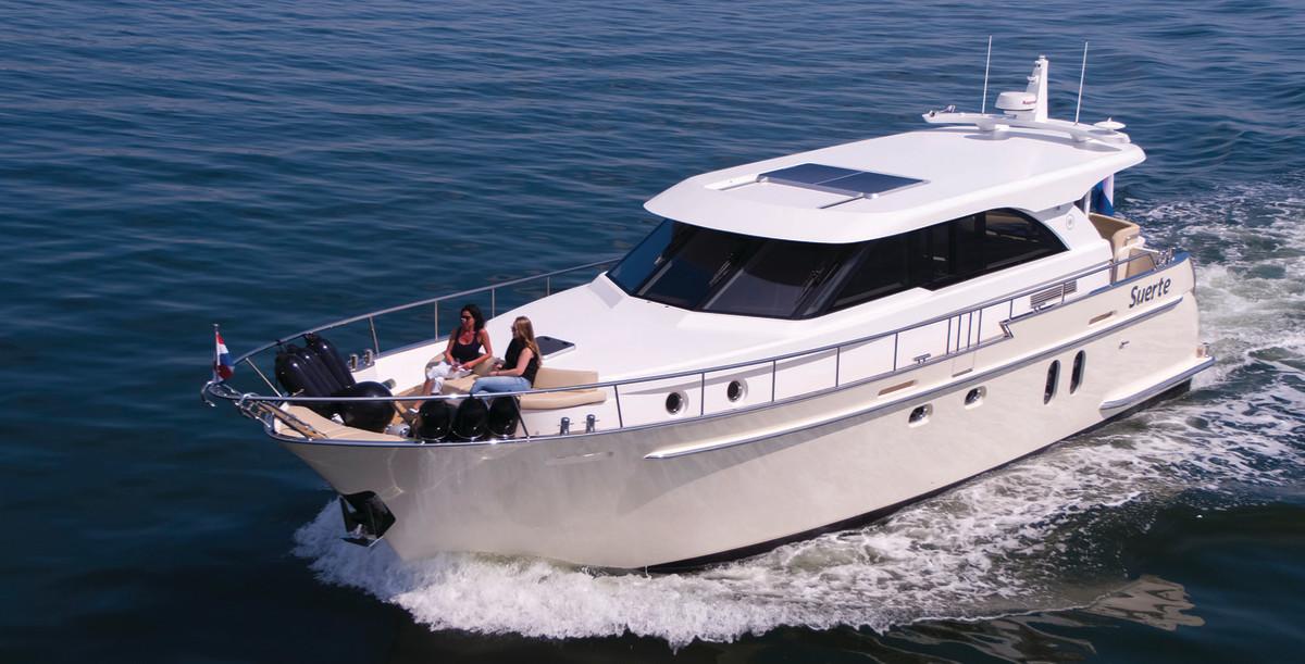 TheVan den Hoven Jachtbouw Executive 1500 Mk2