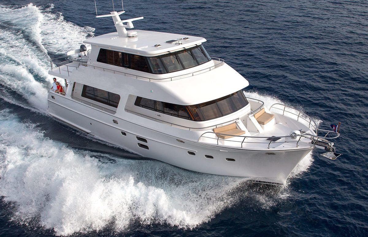 Hampton Yachts 2019 Endurance 720.
