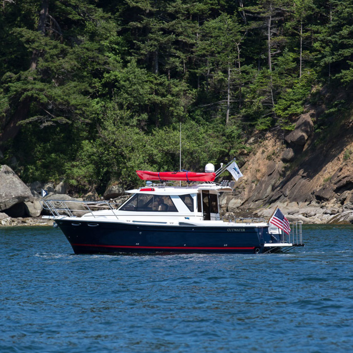 The Cutwater 28, one of many Cutwater boats that will be on display.