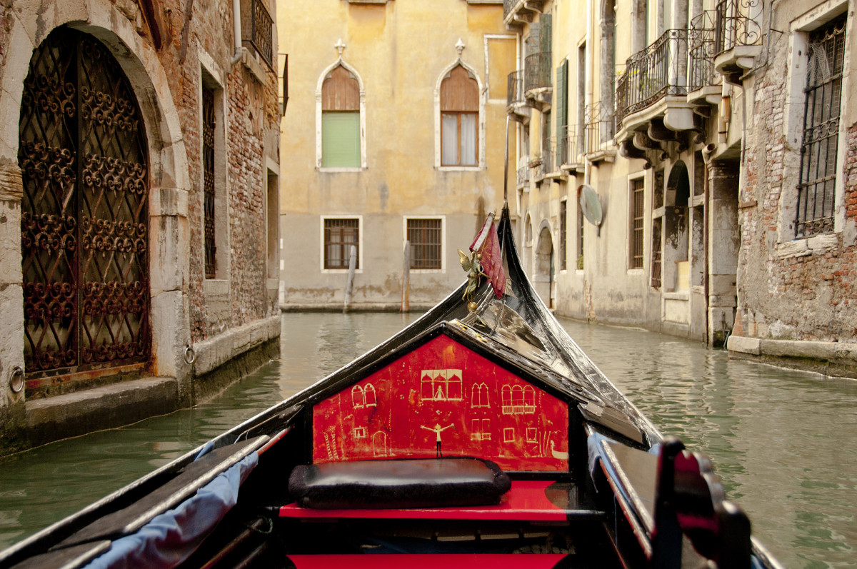 Cruising the canals of Venice