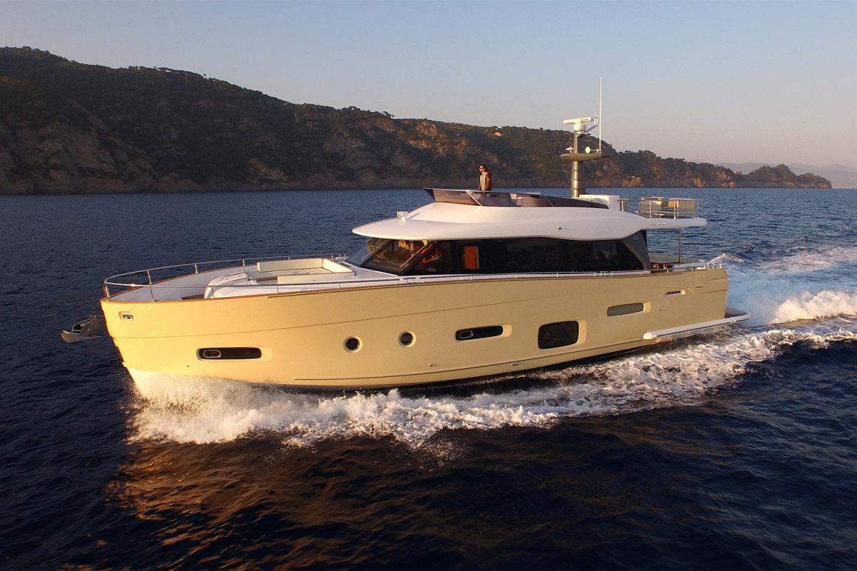 Azimut Magellano 66. Alexander Marine will also bring a Magellano 42.