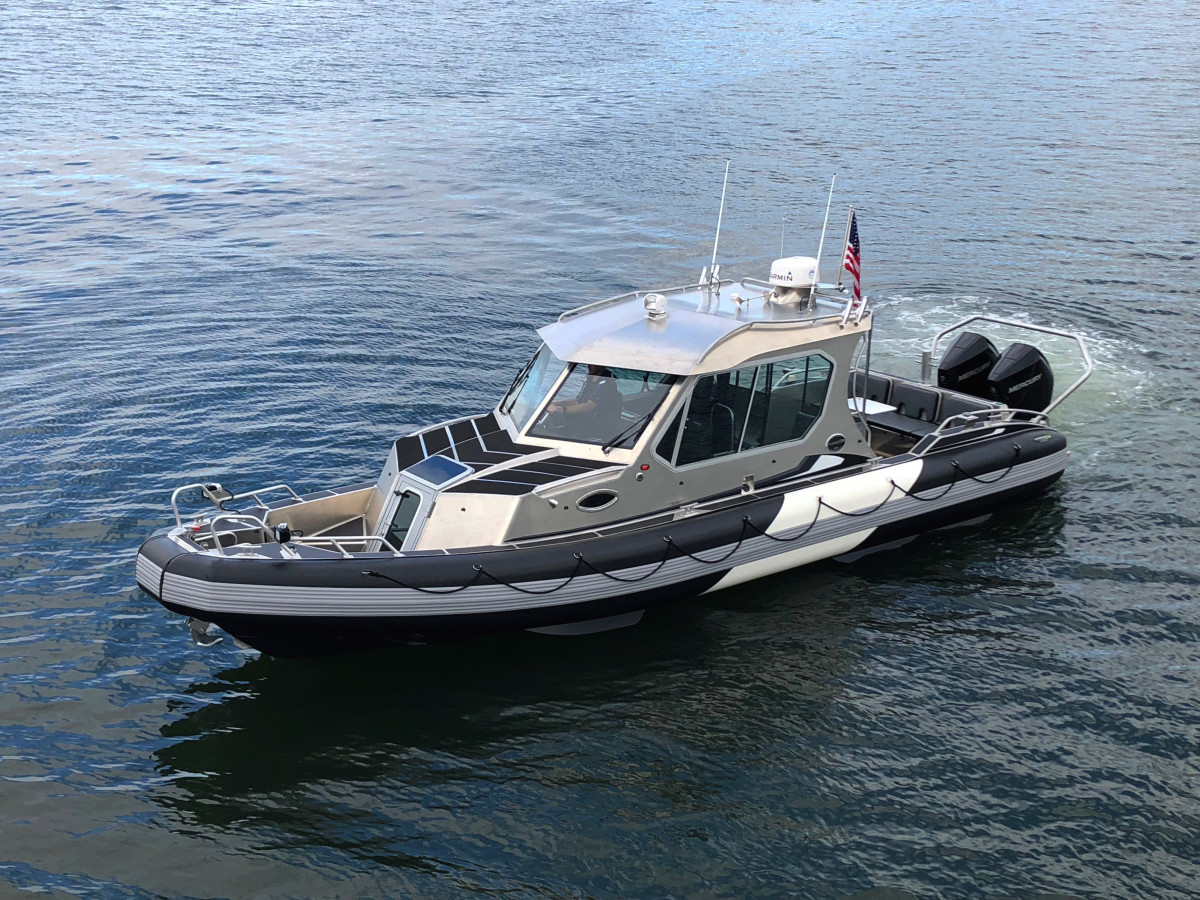 31 GT Coupe-Life Proof Boat. Inventech Marine Solutions will also display its 31 Full Cabin-Life Proof Boat.