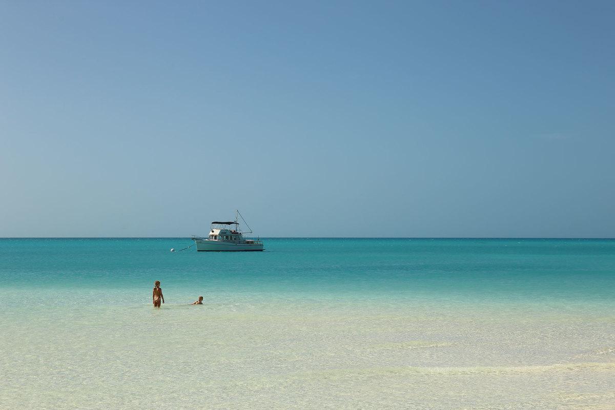 BahamasAnchor-1