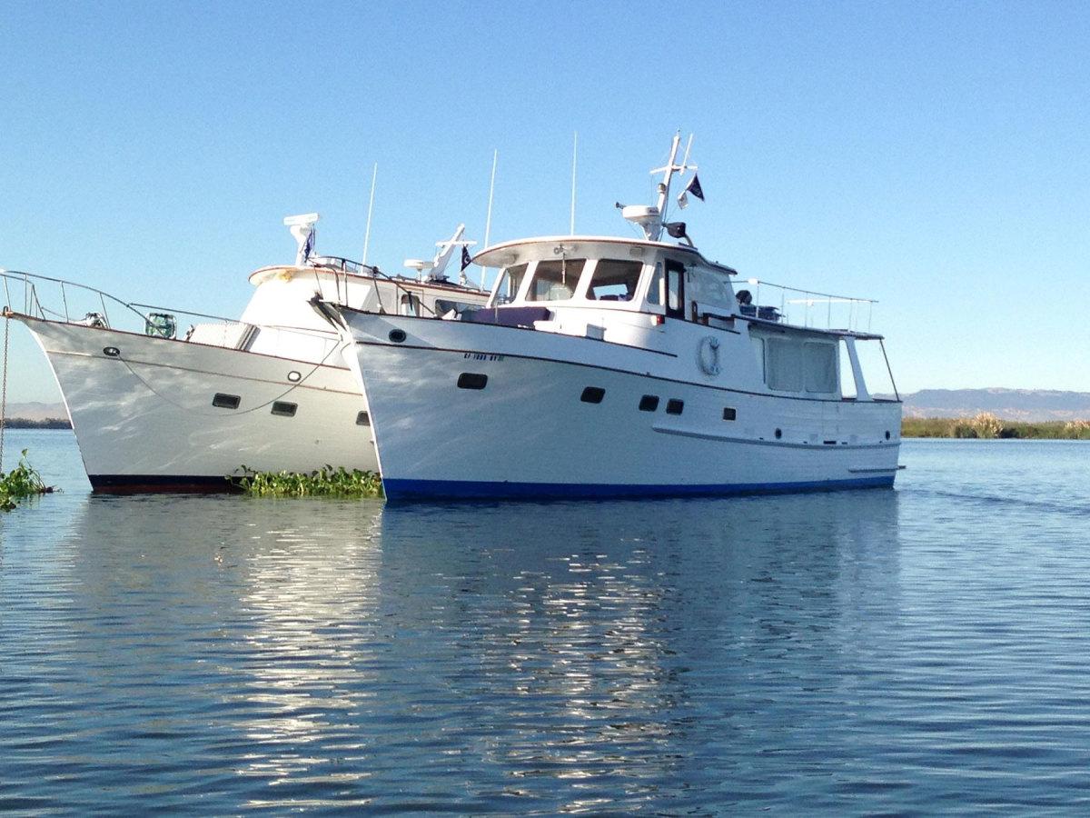 Grand Banks Alaskan 46Bella Niki G