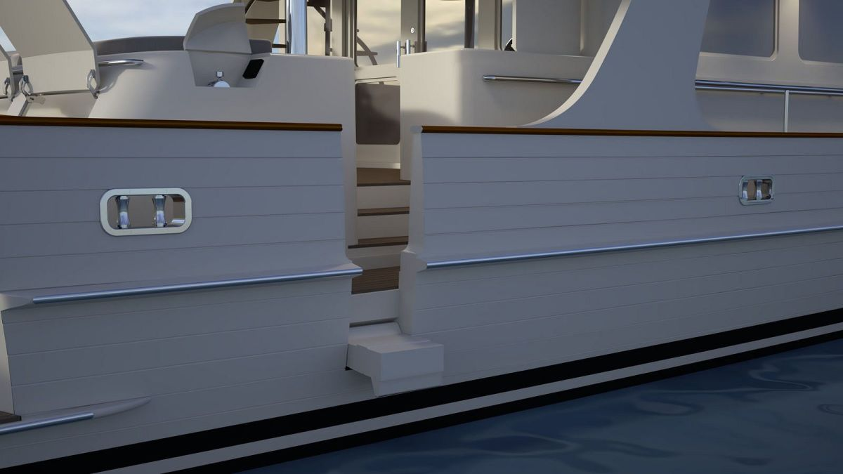 Easy boarding: Multiple side boarding gates make accessibility from fixed or floating docks easy and safe.