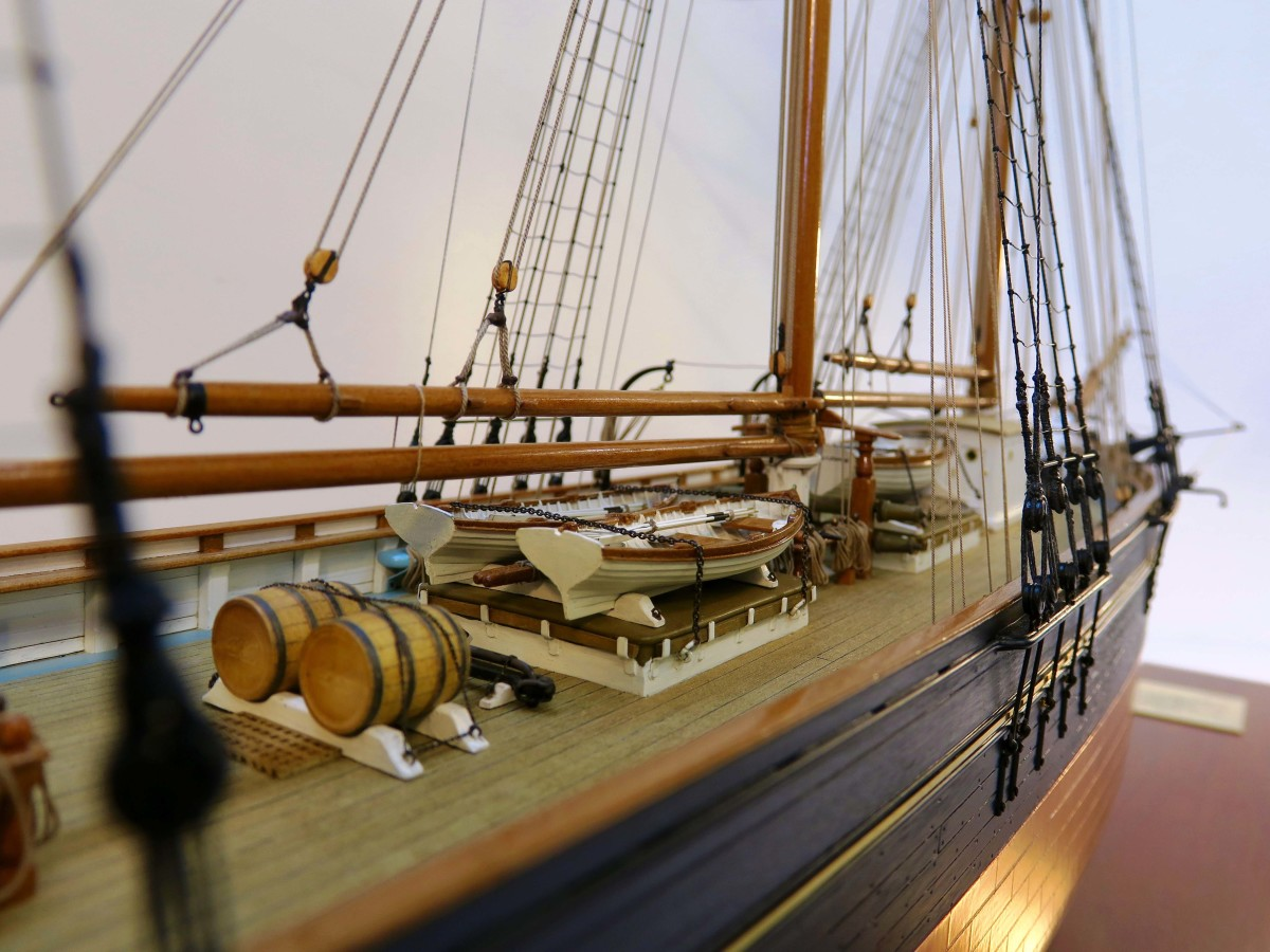 Darch's latest work, Annie, is a 1/48th-scale rendition of a historic fruit schooner, commissioned by an American client whose wife's family built her.