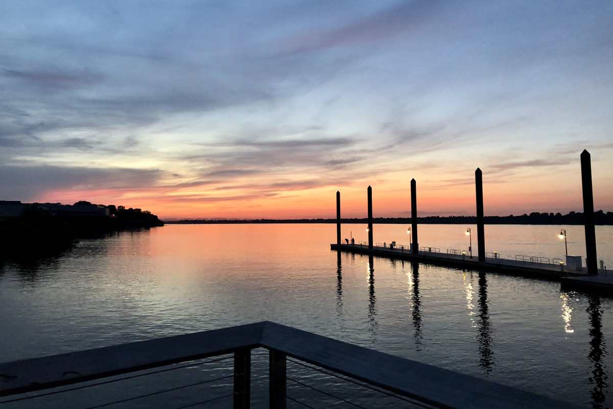 Paducah sunset from the transient dock