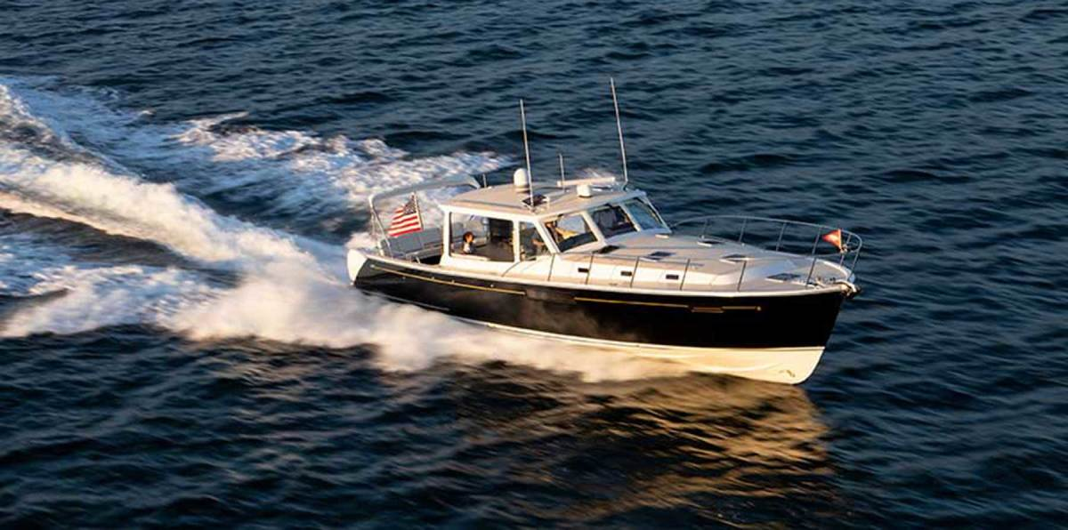MJM's concept of luxurious yet practical livability at sea is well balanced with the line's oceangoing performance.