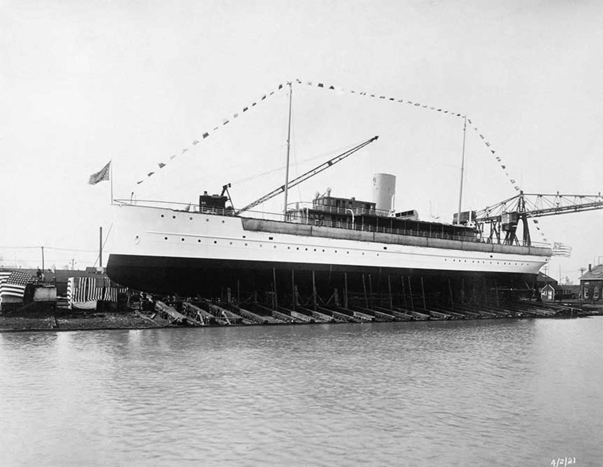 The 1921 launch of SS Delphine.