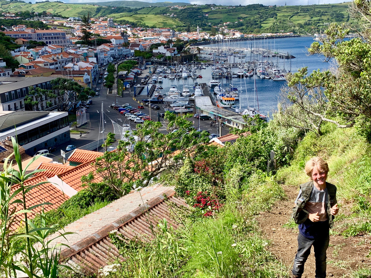 "Jack gives a thumbs-up to his new marina ""home"" in Horta, Azores."