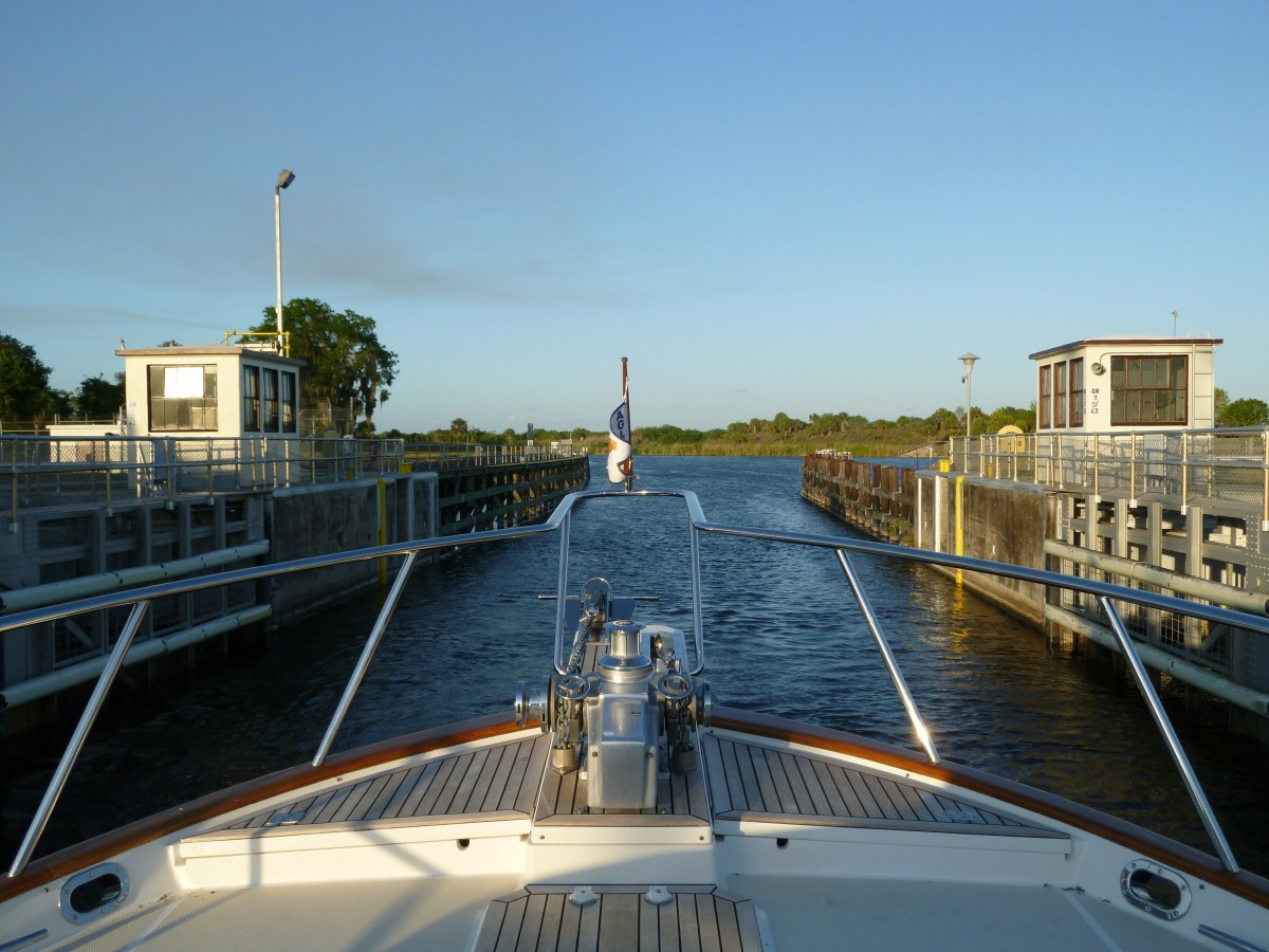 Blue Rosy V transits the Franklin Lock on Florida's Caloosahatchee River.