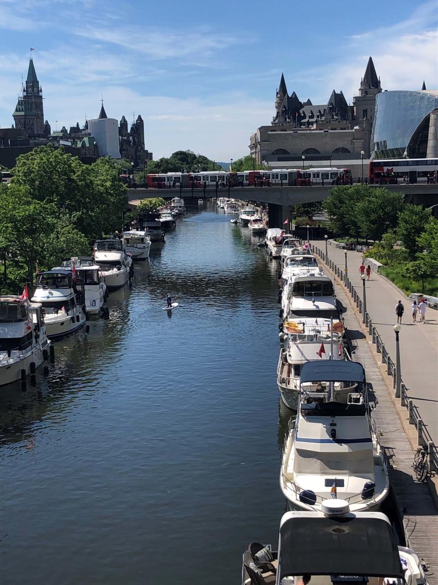 Side-tie mooring along the Ottawa waterfront.