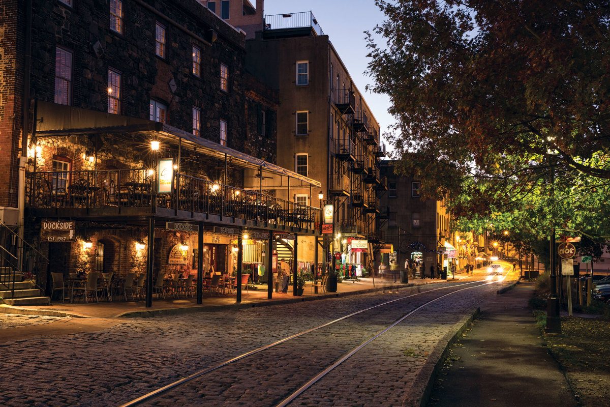 River Street has defined Savannah's waterfront since the city's founding in 1733. The cobblestones that pave the street were ballast aboard vessels arriving from Europe to take on loads of cotton.